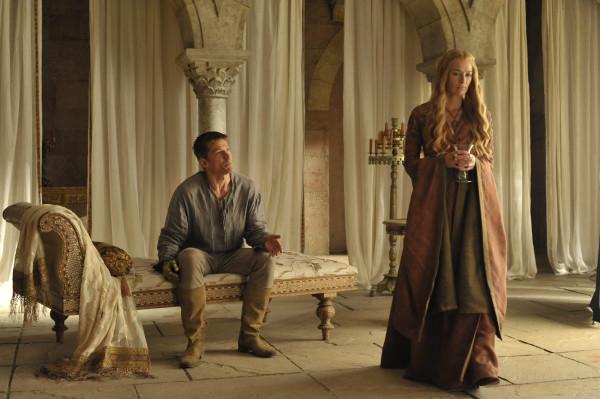 Jamie Lannister (Nikolaj Coster-Waldau) et Cerseil (Lena Headey)